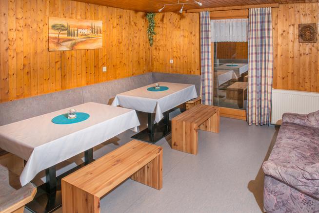 ferienwohnung ferienhaus buchen unterkunft in gaschurn. Black Bedroom Furniture Sets. Home Design Ideas