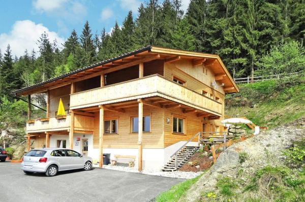 Gemütliches Österreich Ferienhaus Für 8 Personen, Mit Hund In Zell Am  Ziller, Zillertal In Österreich. Großzügige 4 Schlafzimmer Und 2 Badezimmer  Sind Hier ...