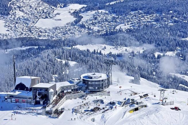 Ferienwohnung f r 4 personen mit hund liftn he in laax for Designhotel skigebiet