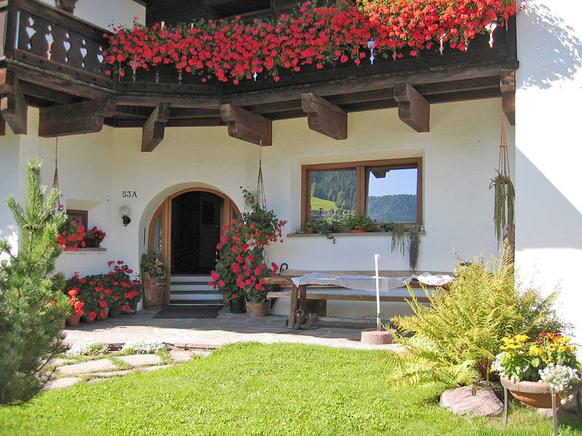 ferienwohnung oder ferienhaus in st ulrich in gr den in den dolomiten mieten. Black Bedroom Furniture Sets. Home Design Ideas